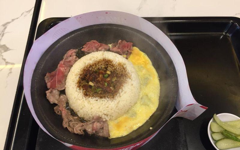 https: img.okezone.com content 2020 03 24 298 2188544 wajib-masuk-list-ini-deretan-rice-hot-plate-di-jakarta-acaWobZvzN.jpg