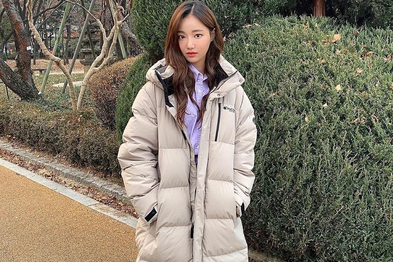 https: img.okezone.com content 2020 03 24 33 2188279 yeonwoo-eks-momoland-difollow-akun-yang-diduga-milik-pelaku-nth-room-zfh40nJ6tM.jpg