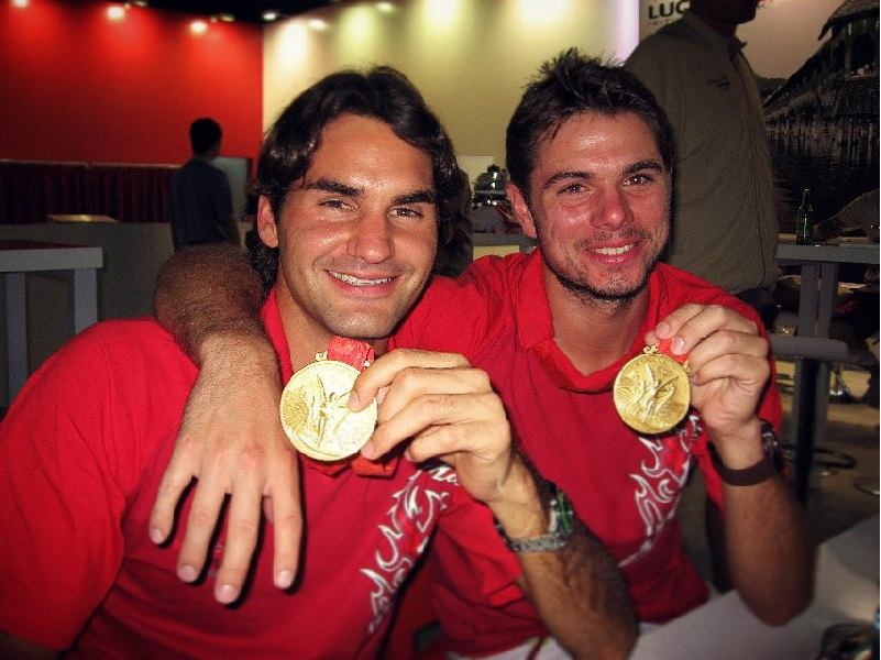 https: img.okezone.com content 2020 03 25 40 2188778 olimpiade-2020-ditunda-wawrinka-kenang-kesuksesan-bersama-federer-soezKm1OpA.jpg