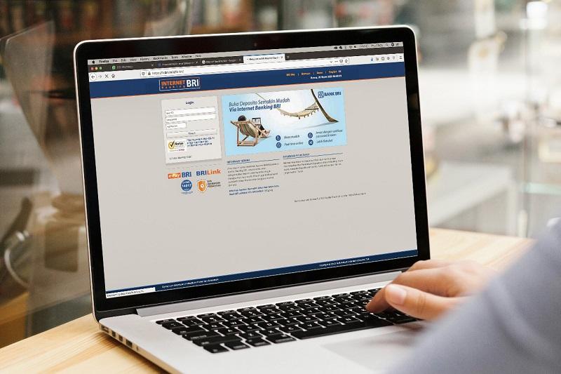 https: img.okezone.com content 2020 03 26 11 2189162 transaksi-e-channel-dan-e-banking-bri-melonjak-imbas-corona-nK2F8tDoeR.jpg