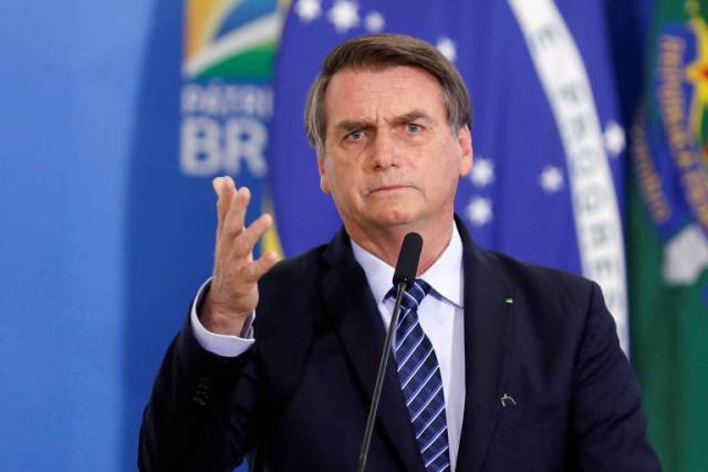 https: img.okezone.com content 2020 03 26 18 2189227 presiden-brasil-sebut-kepala-daerah-yang-terapkan-lockdown-penjahat-MHYRzw4ISs.jpg