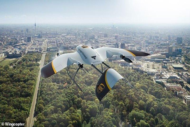 https: img.okezone.com content 2020 03 27 207 2190121 kerjasama-dengan-wingcopter-ups-bikin-drone-berkecepatan-tinggi-iXysRIhaec.jpg