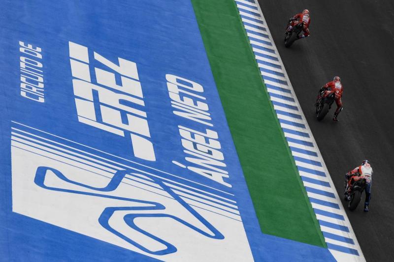 https: img.okezone.com content 2020 03 27 38 2189769 seri-spanyol-ikut-ditunda-balapan-pembuka-motogp-2020-bisa-jadi-di-catalunya-QEsomeUsy8.jpeg