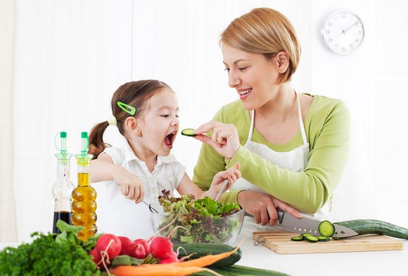 https: img.okezone.com content 2020 03 27 481 2189981 deretan-makanan-mengandung-vitamin-e-dan-manfaatnya-nCIDDQ9KXe.jpg