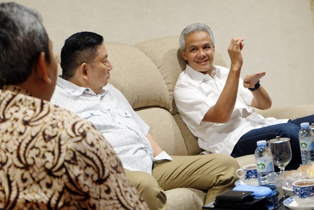https: img.okezone.com content 2020 03 27 512 2189877 gubernur-jateng-bantah-kota-tegal-lockdown-97rYm1Fdhk.jpg