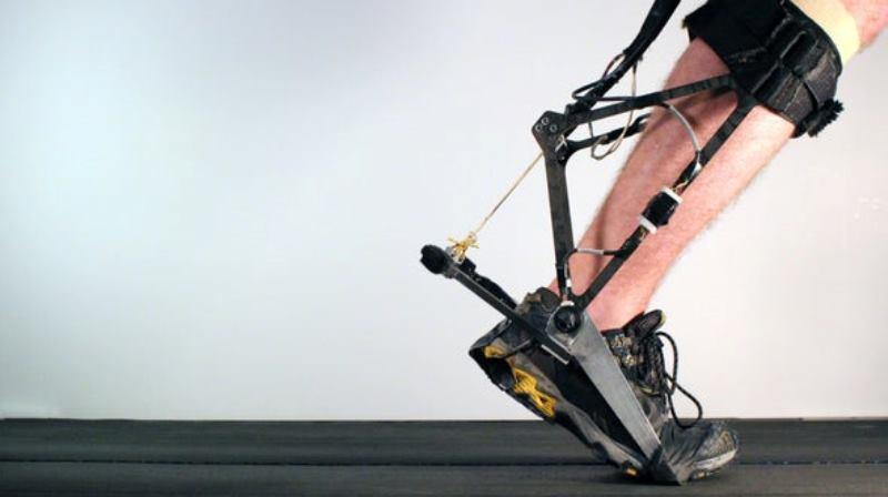 https: img.okezone.com content 2020 03 27 56 2190042 teknologi-exoskeleton-bantu-manusia-berlari-lebih-cepat-BIHPIWUXuU.jpg