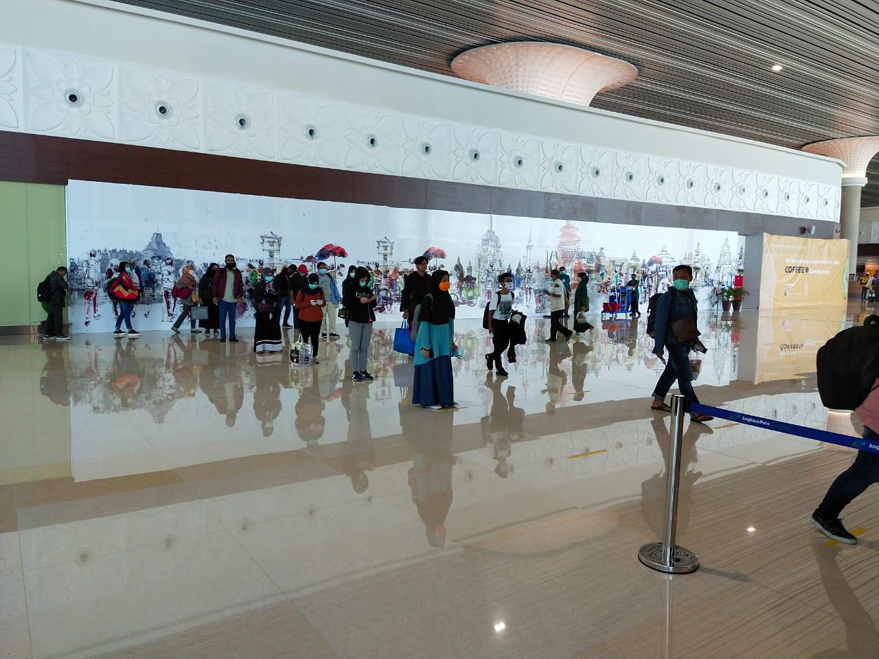 https: img.okezone.com content 2020 03 29 320 2190836 bandara-internasional-yogyakarta-mulai-beroperasi-penuh-AnxEyjAKNR.jpg