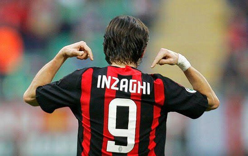 Filippo Inzaghi Menolak Keras Ada Kutukan di Nomor 9 AC Milan