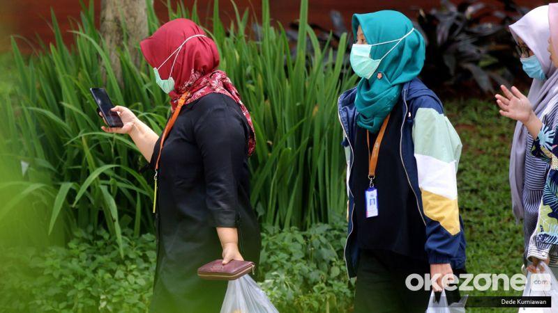 https: img.okezone.com content 2020 03 30 620 2191434 sinergi-pemerintah-dan-masyarakat-kunci-indonesia-pulih-dari-wabah-corona-49cn3mTDtk.jpg