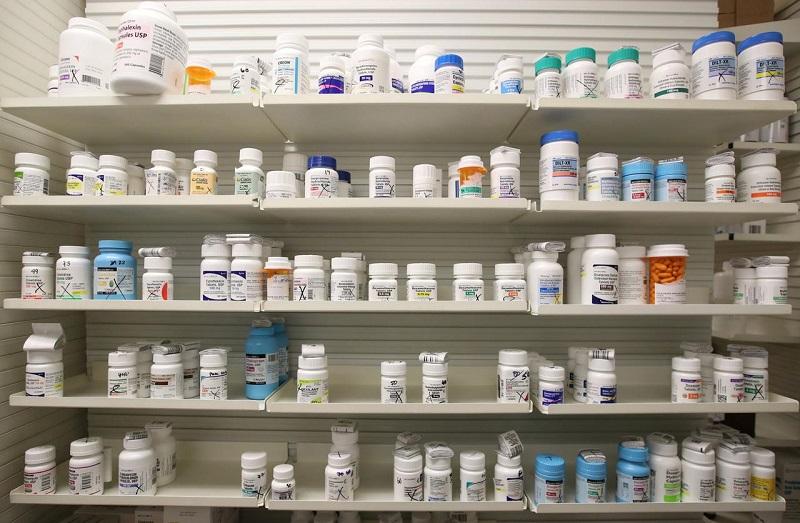 https: img.okezone.com content 2020 04 09 320 2196619 dampak-covid-19-ke-sektor-industri-pariwisata-sangat-tinggi-sementara-farmasi-rendah-xdcKgZ4M6H.jpg