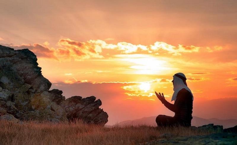 https: img.okezone.com content 2020 04 09 330 2196692 mengenal-ratib-hadad-yang-sering-dibaca-saat-doa-bersama-v7feTvhuMn.jpg