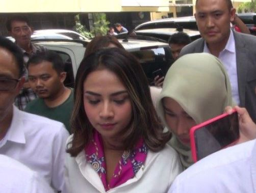 Vanessa Angel Resmi Jadi Tersangka Kasus Narkoba Okezone Megapolitan