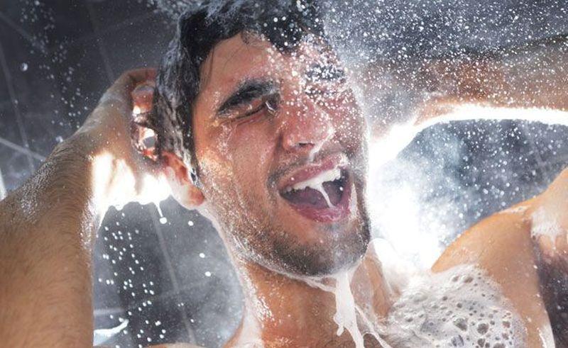 https: img.okezone.com content 2020 04 09 611 2196802 sampo-di-rumah-habis-coba-saja-bikin-dry-shampoo-XucGsxLcU1.jpg