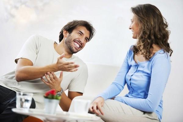 https: img.okezone.com content 2020 04 11 196 2197675 suami-istri-terpaksa-physical-distancing-ini-5-cara-agar-hubungan-tetap-harmonis-HogB5EDpzU.jpg