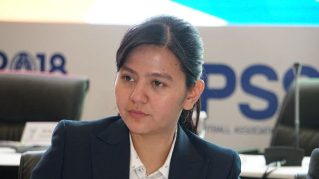 https: img.okezone.com content 2020 04 14 51 2198696 profil-ratu-tisha-yang-berjasa-jadikan-indonesia-tuan-rumah-piala-dunia-u-20-2021-QbBRxuMnDD.jpg