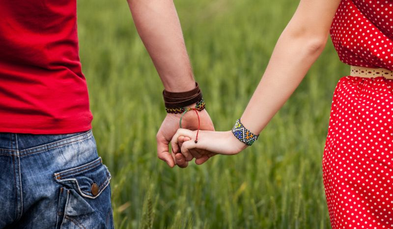 https: img.okezone.com content 2020 04 15 612 2199687 tes-kepribadian-kalau-punya-pacar-orang-asing-dari-negara-mana-4q5zVPuSPK.jpg