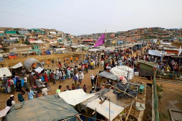 https: img.okezone.com content 2020 04 16 18 2199966 382-pengungsi-rohingya-diselamatkan-setelah-dua-bulan-terombang-ambing-di-laut-be7hVrJldG.jpg