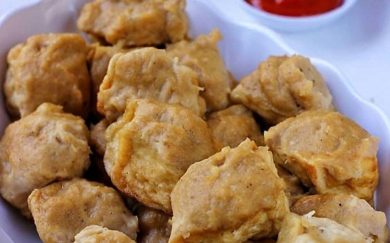 https: img.okezone.com content 2020 04 17 298 2200952 resep-membuat-gorengan-tahu-bakso-untuk-akhir-pekan-kriuknya-bikin-nagih-TgTMxAgEY2.jpg
