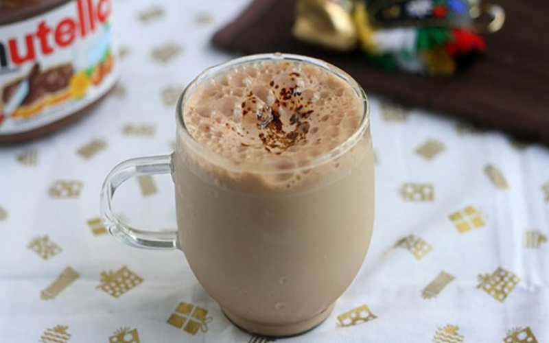 https: img.okezone.com content 2020 04 18 298 2201201 racikan-crunchy-nutella-coffee-yang-akan-kalahkan-dalgona-coffe-aoRPhoF3E0.jpg