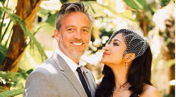 https: img.okezone.com content 2020 04 18 33 2201256 rahma-azhari-menikah-lagi-dengan-aktor-amerika-24QenEaQOx.jpg