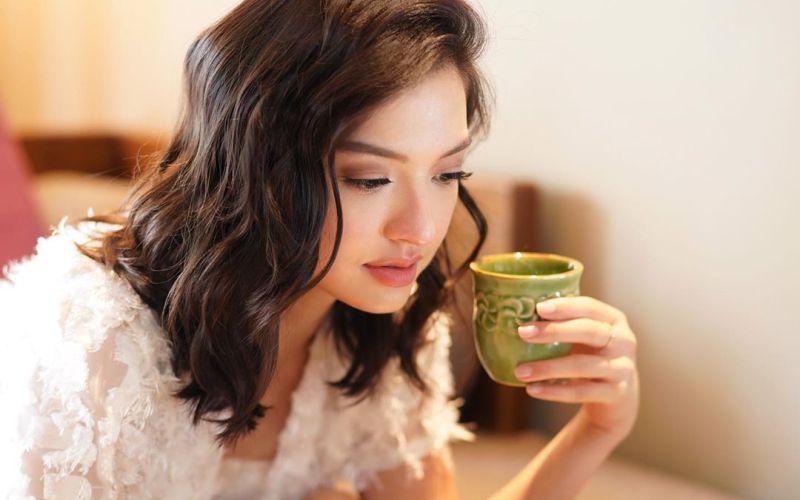 https: img.okezone.com content 2020 04 20 611 2201813 aura-cantik-raline-shah-di-rumah-saja-kian-terpancar-mirip-seo-ji-hye-g3BAnTSvsP.jpg