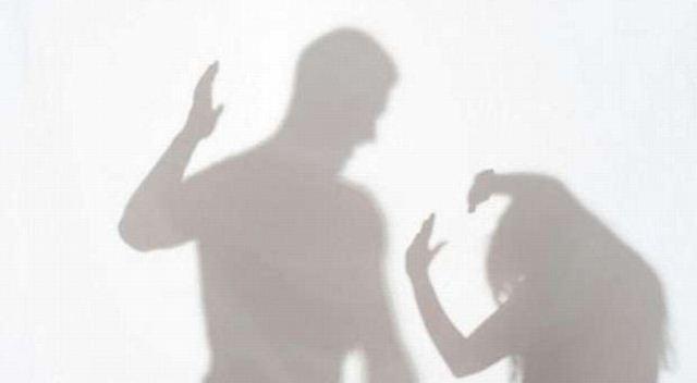 https: img.okezone.com content 2020 04 21 620 2202628 waspada-covid-19-memicu-kekerasan-dalam-rumah-tangga-lIsrCZnBqJ.jpg