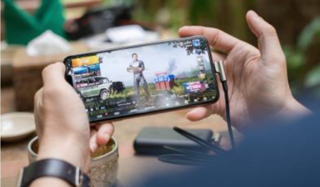 Daftar Game Mobile yang Bisa Dimainkan saat di Rumah : Okezone techno