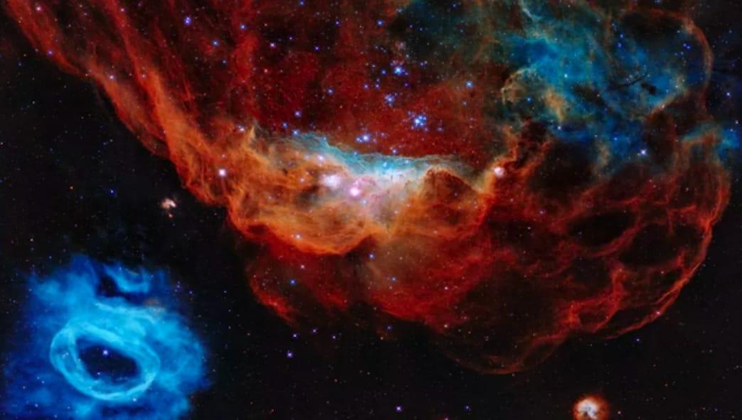 https: img.okezone.com content 2020 04 25 56 2204810 berusia-30-tahun-teleskop-hubble-tangkap-gambar-menakjubkan-di-langit-uAD69W4Tbl.jpeg