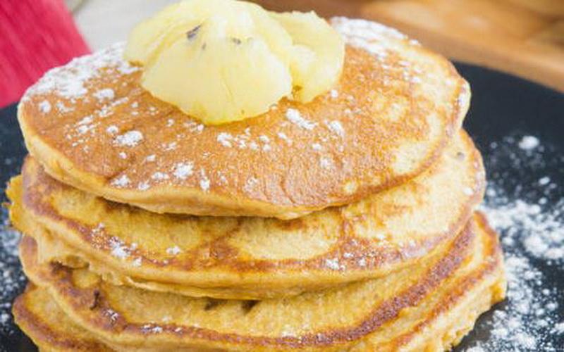 https: img.okezone.com content 2020 04 30 620 2207118 bosan-tumisan-sayur-coba-resep-vegan-pancake-ini-hqPmnwzCsz.JPG