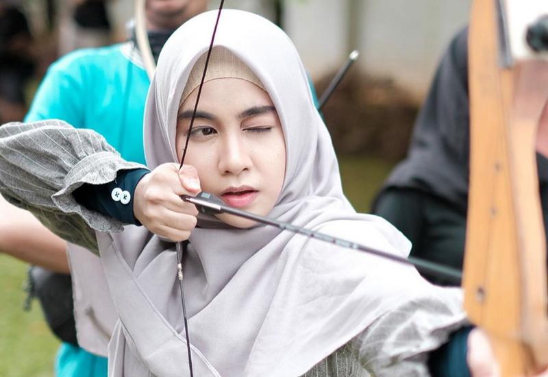 Hijab Instan Bikin Tampilan Kartika Putri Dan Anisa Rahma Makin Syar I Okezone Muslim
