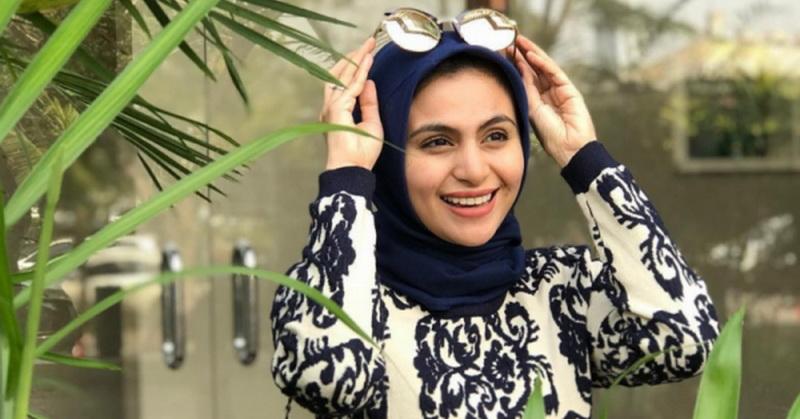 https: img.okezone.com content 2020 05 04 33 2209104 asha-shara-ungah-foto-tanpa-hijab-netizen-ramai-J6iu9YrZzQ.jpg