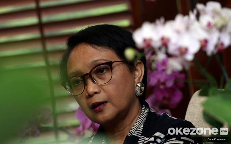 https: img.okezone.com content 2020 05 07 18 2210664 indonesia-minta-bantuan-beijing-selesaikan-permasalahan-abk-wni-di-kapal-china-PGHnhrtqGp.jpeg