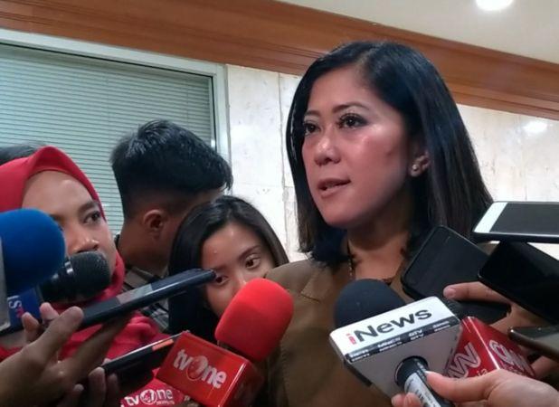 https: img.okezone.com content 2020 05 07 337 2210503 dpr-desak-kemenlu-investigasi-pelarungan-jenazah-abk-indonesia-di-laut-china-aUlsGVCrOM.jpg