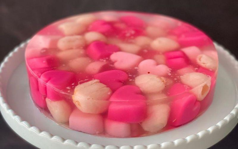 https: img.okezone.com content 2020 05 08 616 2211267 manisnya-puding-lychee-genit-cocok-untuk-takjil-berbuka-puasa-23pZ0aE5Ib.jpg