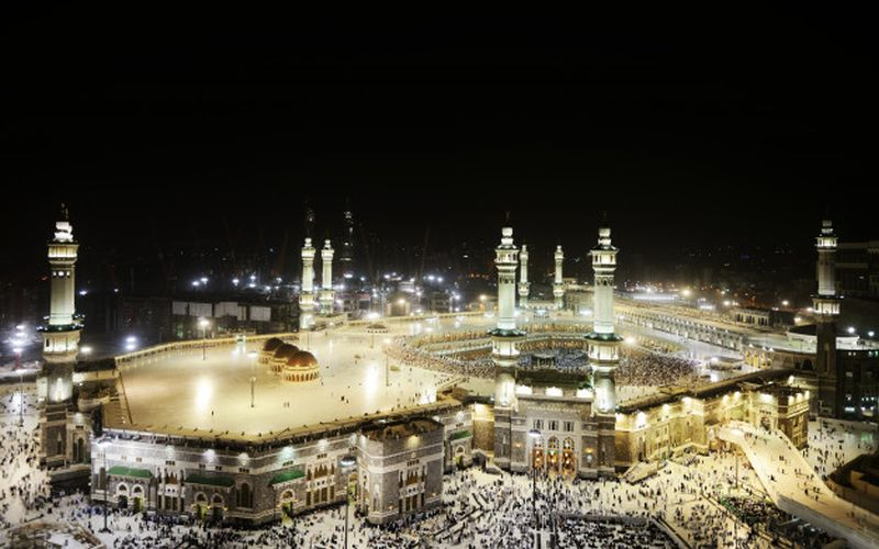 https: img.okezone.com content 2020 05 11 615 2212215 yuk-kunjungi-mekkah-dan-masjidil-haram-secara-virtual-aOTY9rNMad.jpg