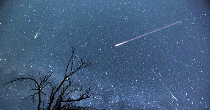 https: img.okezone.com content 2020 05 11 620 2212403 jangan-lupa-baca-doa-ini-saat-lihat-meteor-jatuh-dari-langit-nSJn8mQr1k.jpg