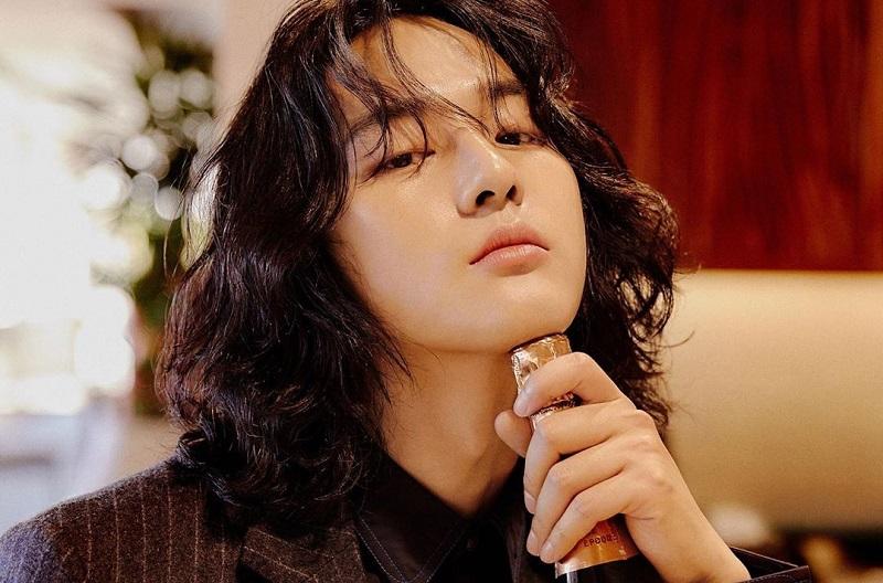 https: img.okezone.com content 2020 05 12 33 2213096 resmi-wamil-yang-se-jong-pamitan-pada-penggemar-ywIWcDPOU8.jpg
