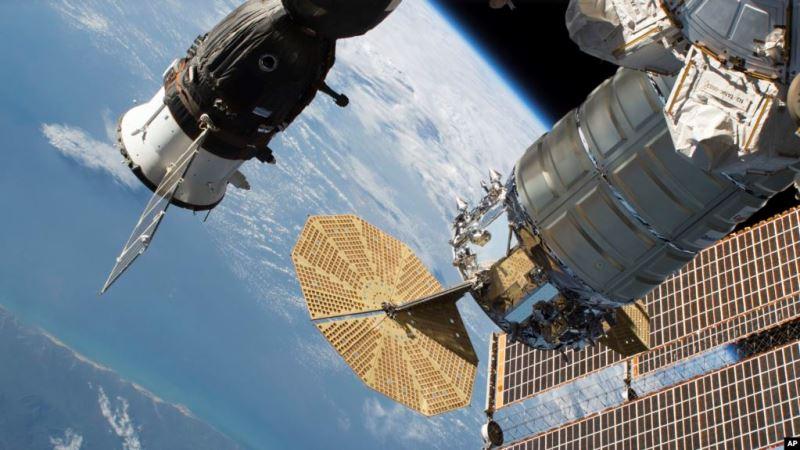 https: img.okezone.com content 2020 05 12 56 2212935 stasiun-luar-angkasa-lepas-pesawat-kargo-cygnus-zfRr1PUAbO.jpg