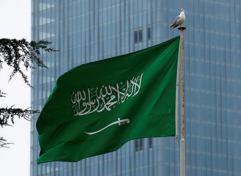 https: img.okezone.com content 2020 05 13 18 2213270 arab-saudi-berlakukan-lockdown-jam-malam-seharian-penuh-selama-libur-idul-fitri-Wx0OJYA4Q1.jpg