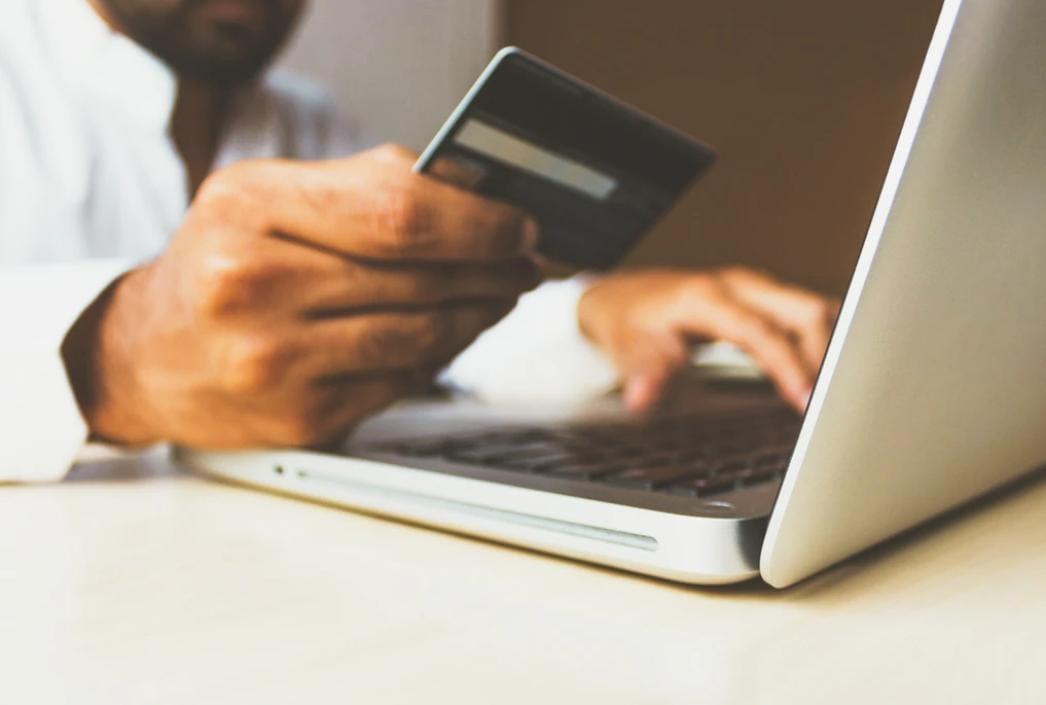 https: img.okezone.com content 2020 05 13 207 2213300 pakar-keamanan-ungkap-alasan-e-commerce-jadi-target-peretasan-0n7z3JBHxJ.jpeg