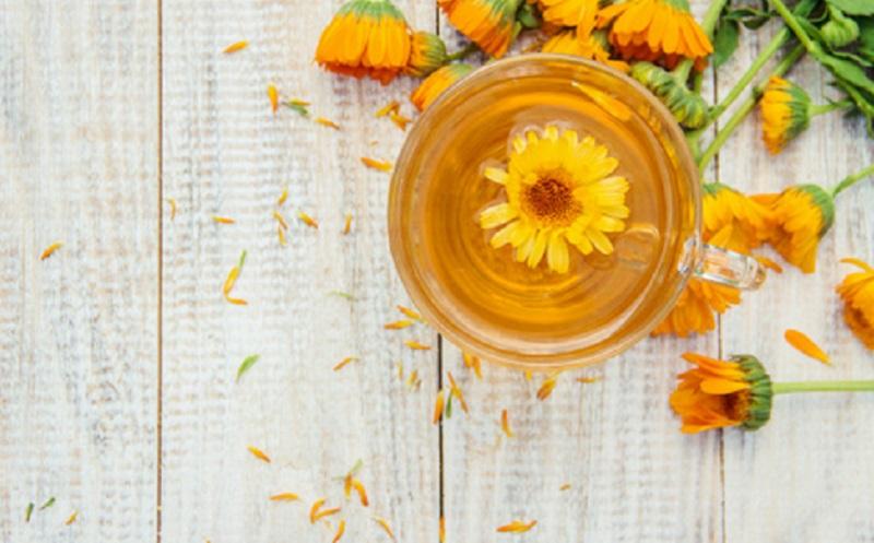 https: img.okezone.com content 2020 05 13 611 2213376 ini-4-bunga-yang-bisa-dipakai-untuk-perawatan-kecantikan-APL9hiGhRy.jpg