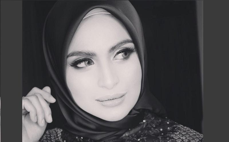 https: img.okezone.com content 2020 05 16 33 2214990 asha-shara-jawab-tudingan-soal-bongkar-pasang-hijab-L8TXHfDmrR.jpg