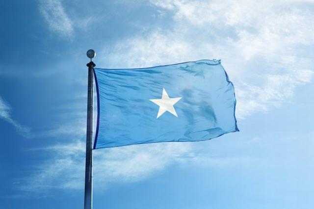 https: img.okezone.com content 2020 05 18 18 2215876 gubernur-di-somalia-tewas-dalam-serangan-bunuh-diri-YzOj29x80P.jpg