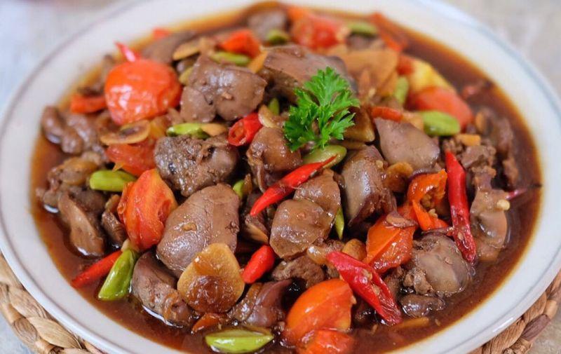 https: img.okezone.com content 2020 05 18 298 2216147 masak-sahur-cepat-coba-resep-ati-ampela-kecap-pedasnya-nampol-N3EMwm75pl.jpg
