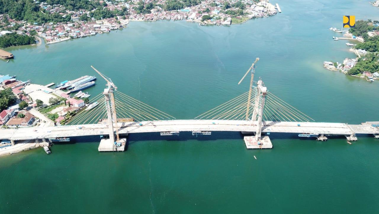https: img.okezone.com content 2020 05 18 320 2215712 progres-capai-92-jembatan-teluk-kendari-dukung-pemulihan-ekonomi-pasca-corona-gKltb4HZ1j.jpg