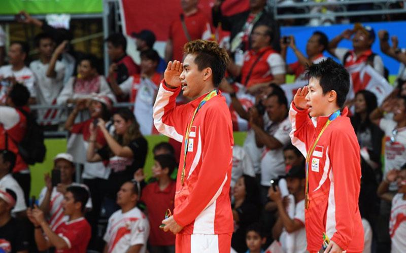 https: img.okezone.com content 2020 05 18 40 2215694 tontowi-ahmad-raih-medali-emas-olimpiade-rio-2016-di-hari-kemerdekaan-indonesia-JIccyeSyup.jpg