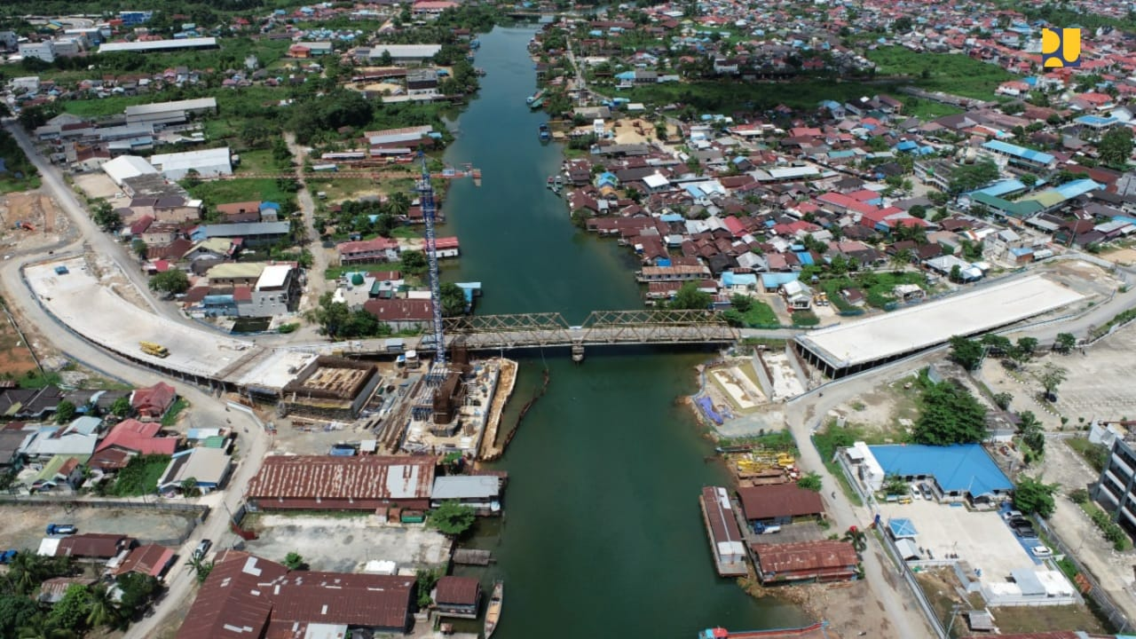 https: img.okezone.com content 2020 05 19 320 2216393 progres-66-pembangunan-jembatan-sei-alalak-di-banjarmasin-rampung-2021-eAlFBtzFPF.jpg
