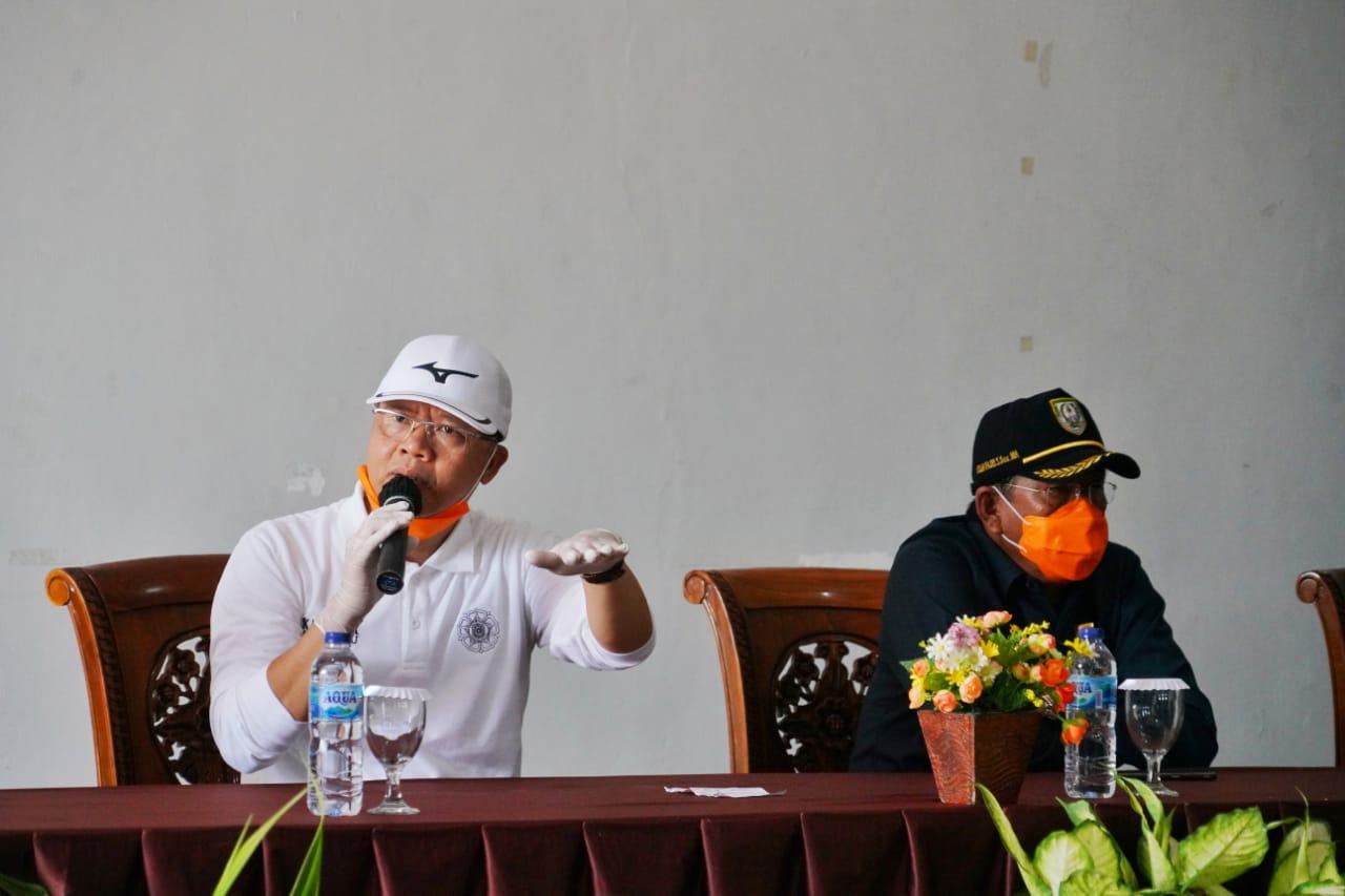 https: img.okezone.com content 2020 05 20 340 2216945 jelang-hari-raya-idul-fitri-gubernur-bengkulu-waspadai-mobiliasi-massa-Q9Wqob8n8w.jpg