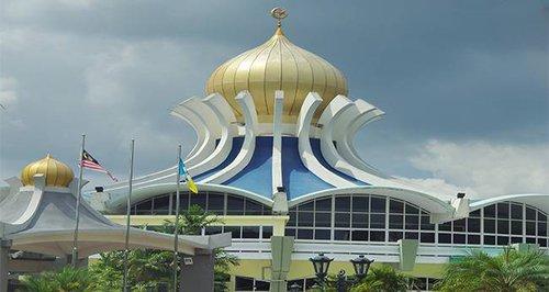 https: img.okezone.com content 2020 05 21 614 2217382 malaysia-mulai-izinkan-sholat-berjamaah-di-masjid-5xYRoJDCPN.jpg