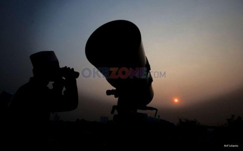 https: img.okezone.com content 2020 05 22 614 2217763 astronom-idul-fitri-di-arab-saudi-jatuh-pada-minggu-24-mei-sHpRjfGqQF.jpg